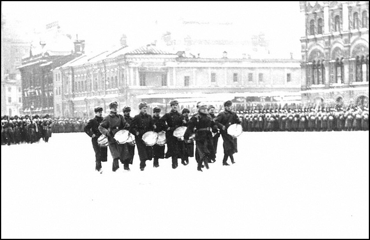 Во время военного парада на Красной площади, посвященного 24-й годовщине Великой Октябрьской социалистической революции