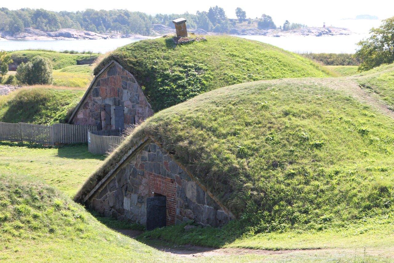 Крепость Суоменлинна. Береговая батарея Кустаанмиекка. Helsinki, Suomenlinna castle. Kustaanmiekka fort