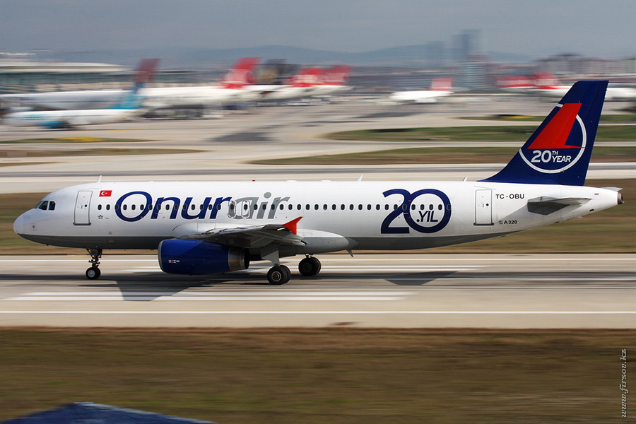 A-320_TC-OBU_Onurair_2_IST_for_.JPG