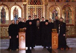 В храме Черниговского скита. 16 марта 2002 г.