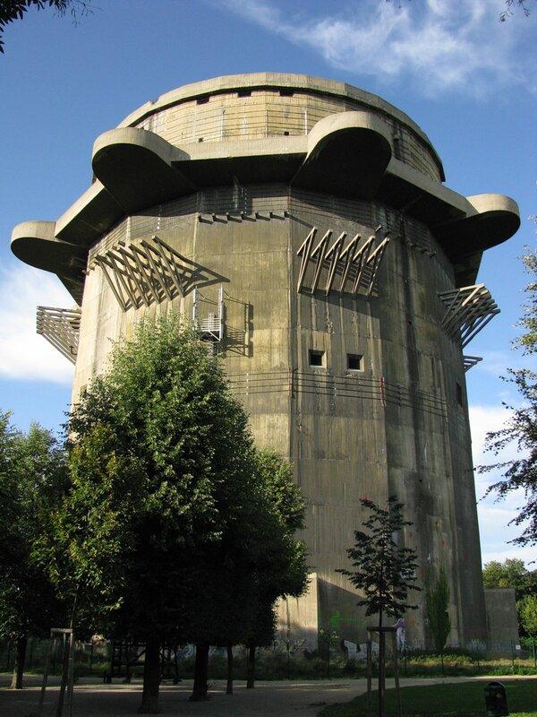 Вена, Аугартен, башня G - 998.jpg