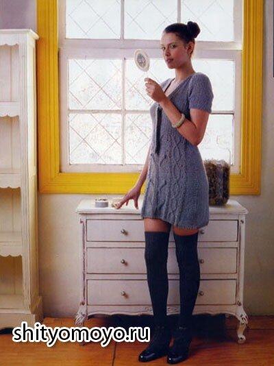 Бесплатные модели и схемы вязания спицами: синее платье