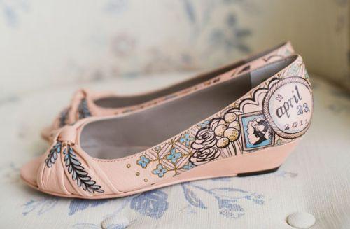 Расписные туфли для свадьбы