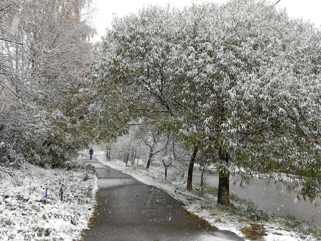 Златоуст. Октябрь. Снег