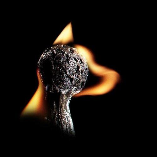 Необычное из...горелых спичек
