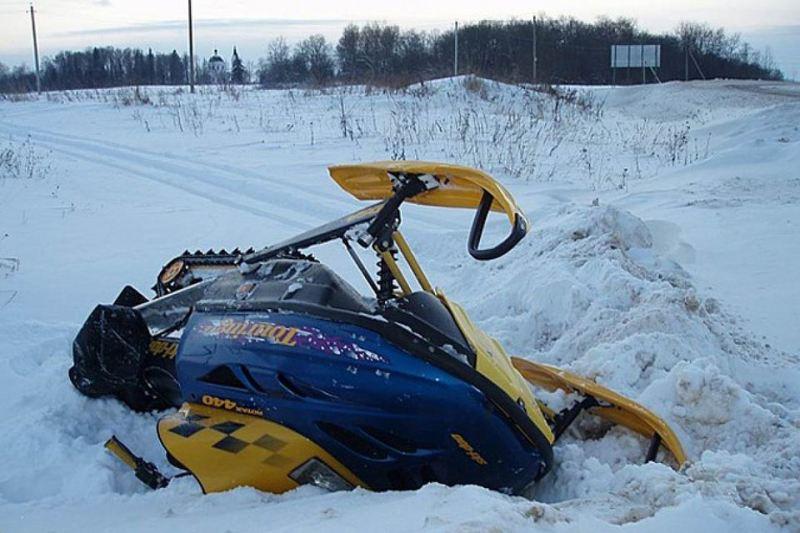 Управление снегоходом через линии электро-передач