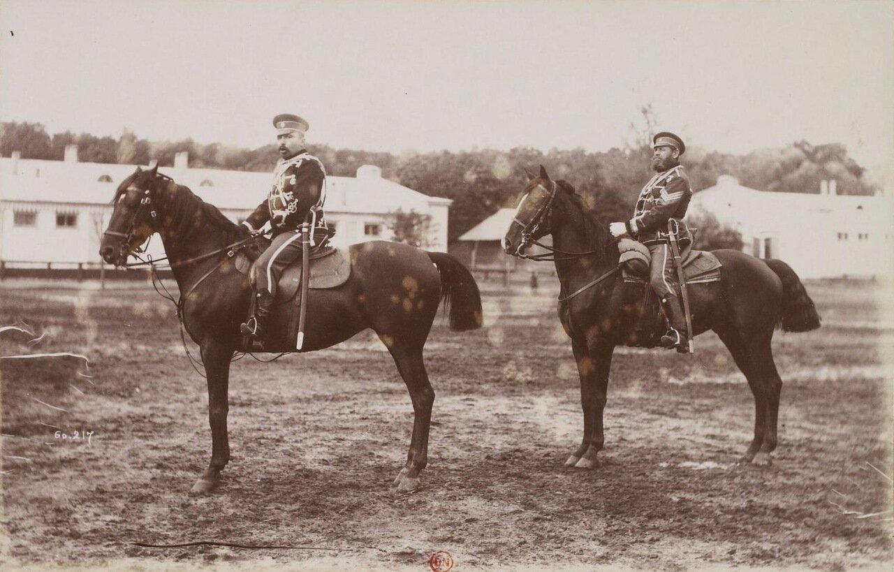 Офицеры гродненского гусарского полка в Варшаве. 1892