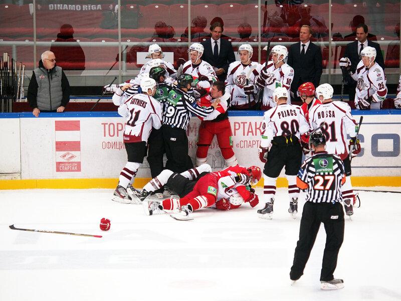 «Спартак» vs «Динамо» (Рига) 1:3 чемпионат КХЛ 2013-2014 (Фото)