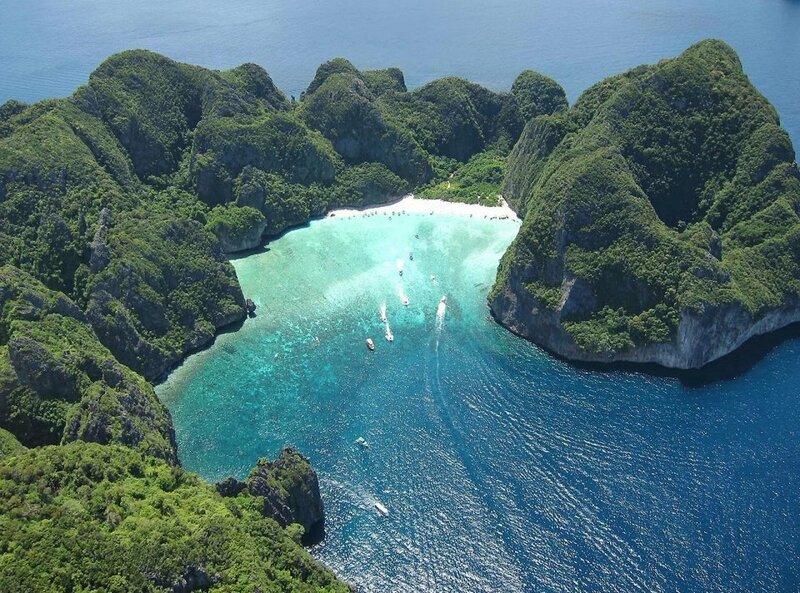 Прно на необитаемом острове 1 фотография