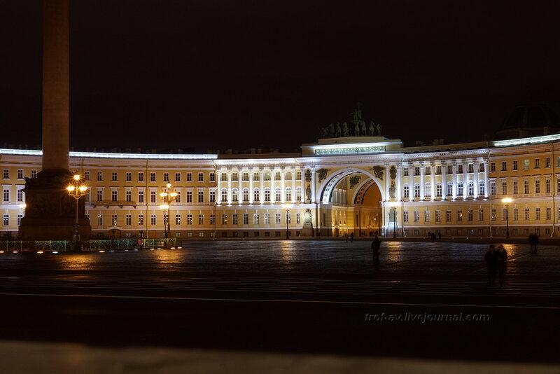 Александровская колонна (1834г) и Главный штаб (1819-1829гг) ночью, Санкт-Петербург