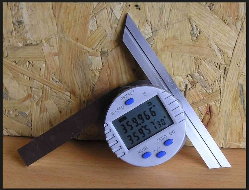 Measuring tool protractor