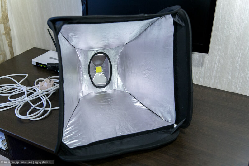 Установка прожектора на софтбокс