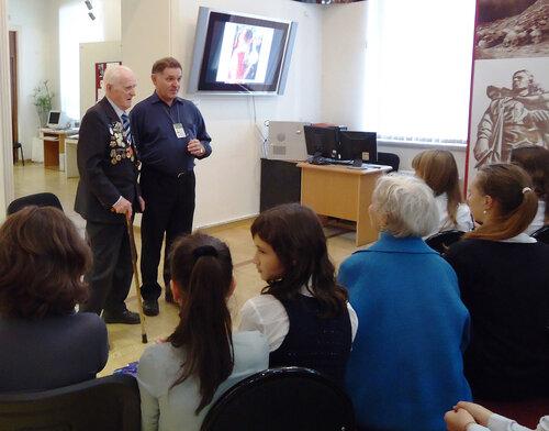 Г.Н.Жуков и М.В.Черепанов.  Разговор о событиях на Невском пятачке (2011.09.07)