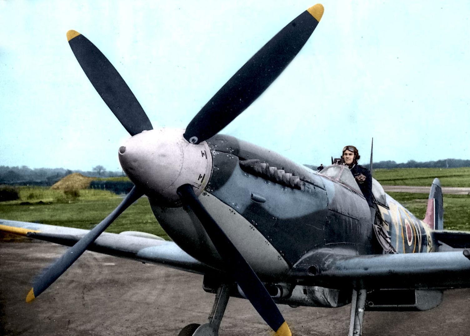 spitfire-mk-ix.jpg