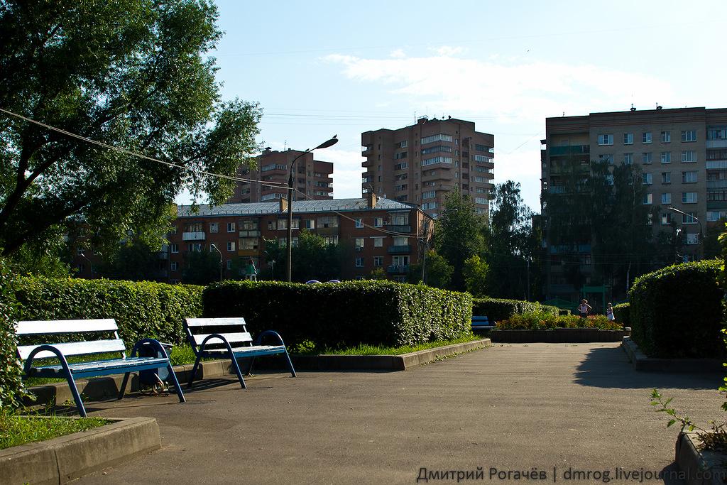сквер 200 летия Подольска было до ремонта - это сломали