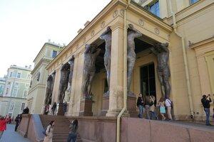 Достопримечательности Санкт-Петербурга: атланты