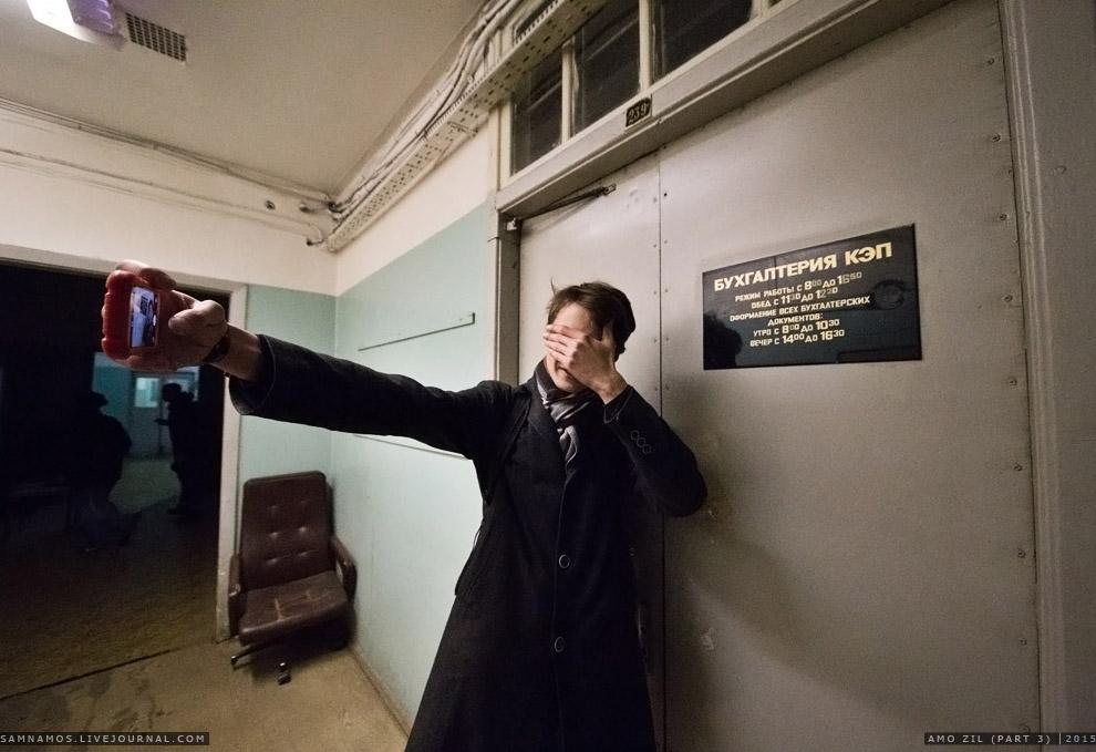 7. Типично советские казённые коридоры.