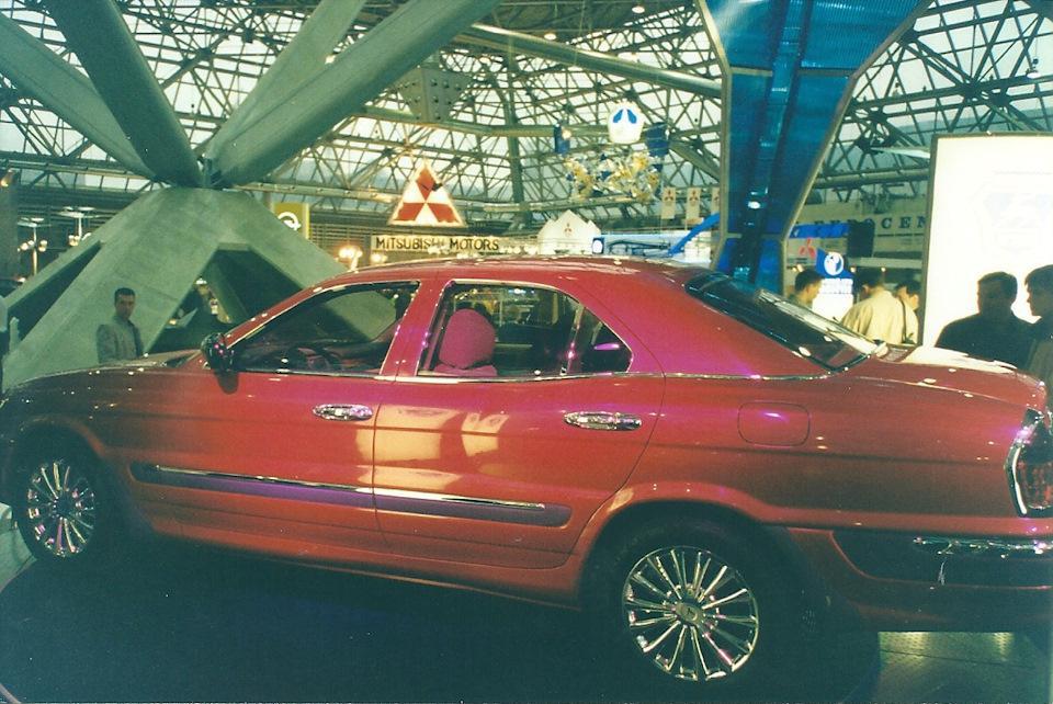 Любая девушка тогда хотела SL R129 от Brabus. А не белый Cayenne, прошу заметить! Чего лукавить, не