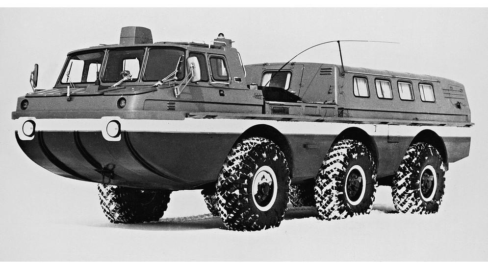 Окончательный вариант грузовой машины ЗИЛ-4906 середины 1990-х годов