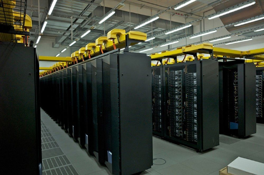 3. SuperMUC (Германия) — 111 млн долларов SuperMUC в настоящее время является 14-м по скорости супер