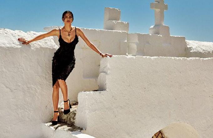 Ирина Шейк в истории The Sun Of Italy для Vogue Japan (12 фото)
