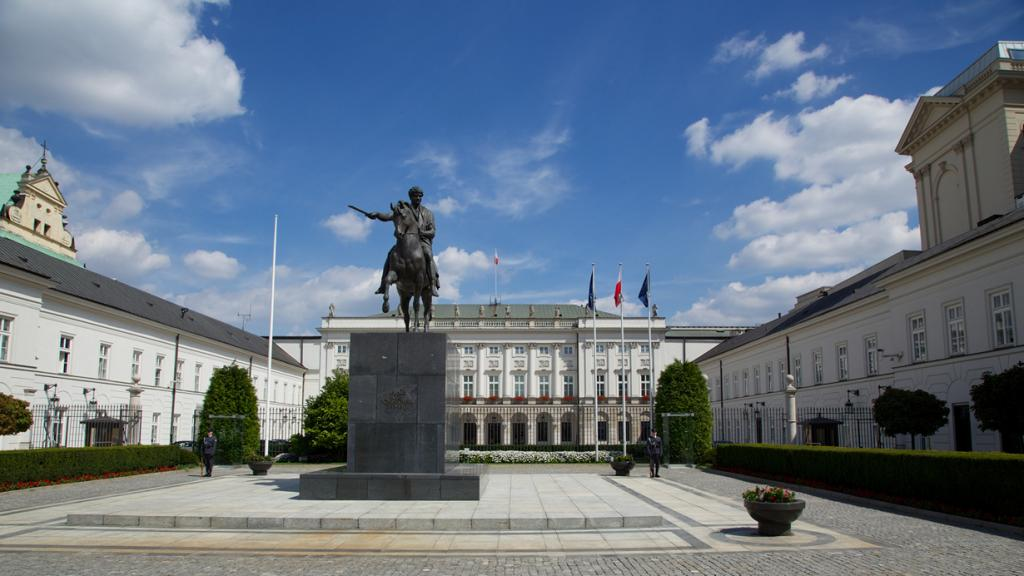 Польша. Варшава. Президентский дворец является резиденцией Президента страны. (Markus Winkler) Д