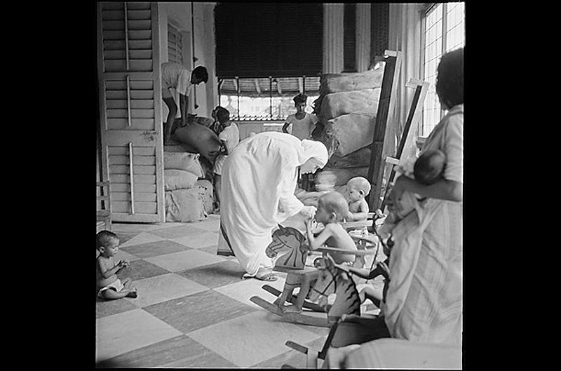 Приют. В 1957 году, когда был сделан этот снимок, Тереза уже обрела некоторую известность не только