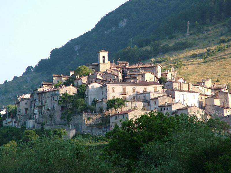 Самые красивые деревни Италии, Сканно