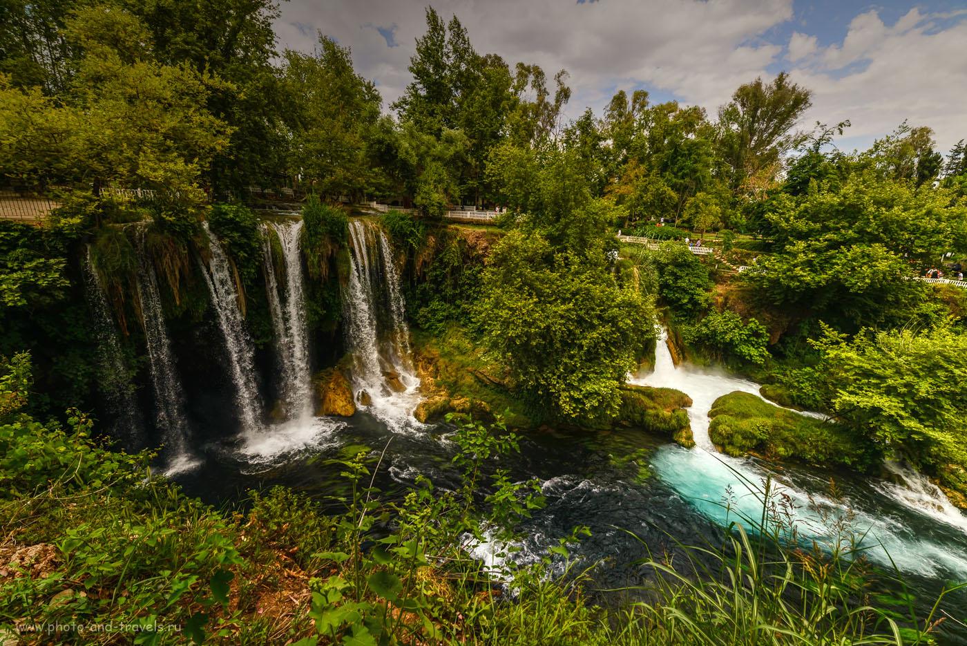 Фотография 2. Водопад Верхний Дюден (Düden Şelalesi) в северной части Анталии. Интересные места, что можно посетить во время отдыха в Турции. Отчеты туристов. 1/1000, -3.0EV, 8.0, 320, 14. Тонмаппинг.