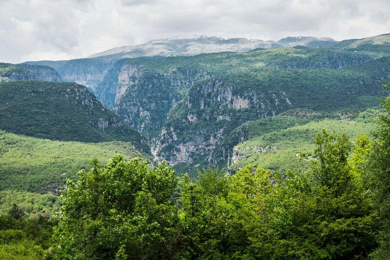 пейзаж с ущельем Викос (Vikos gorge), Загория, Греция