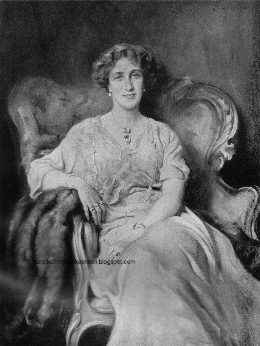 Lady Astbury_London.JPG