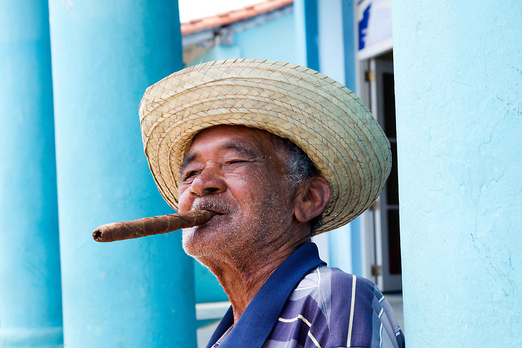 Cigar-man2-Havana.jpg