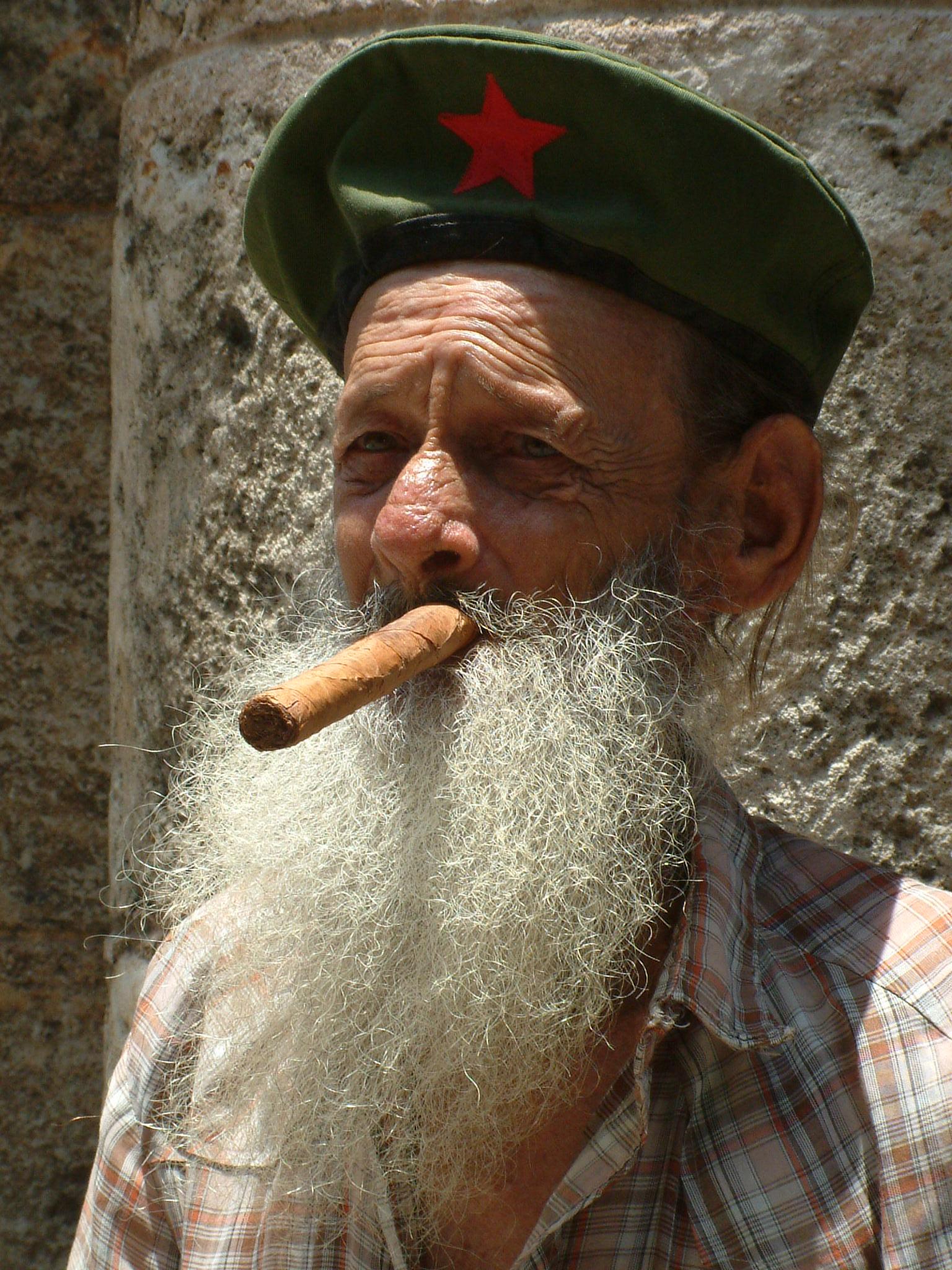 Cuban_Cigar.jpg