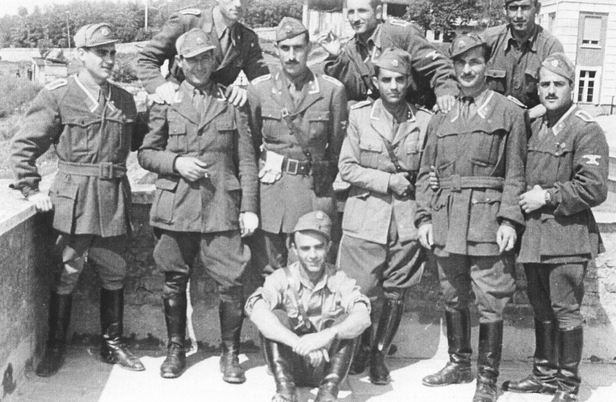 italian-ss-nco-group-photo.jpg