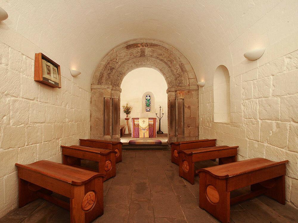 uve__0006s_0000_ec-st-magarets-chapel.jpg