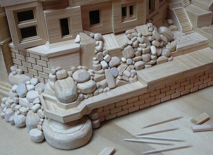 Здания и скульптуры из обычных зубочисток