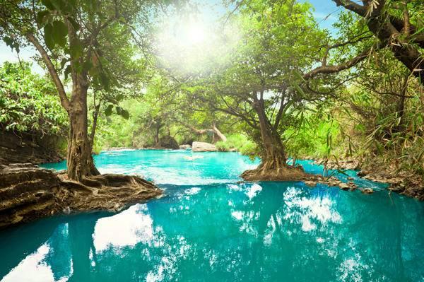3. Вьетнам Во Вьетнам лучше всего отправляться зимой, чтобы с головой окунуться в особую атмосферу э