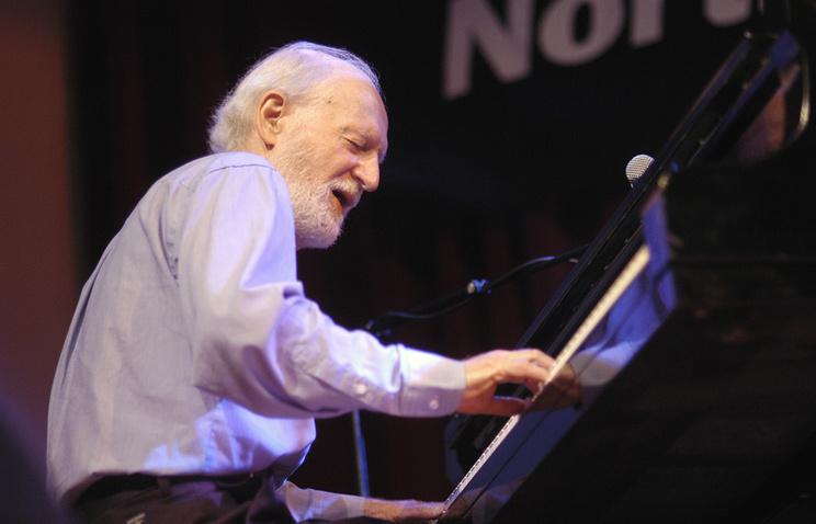 ВСША скончался всемирно известный джазовый пианист Моуз Эллисон