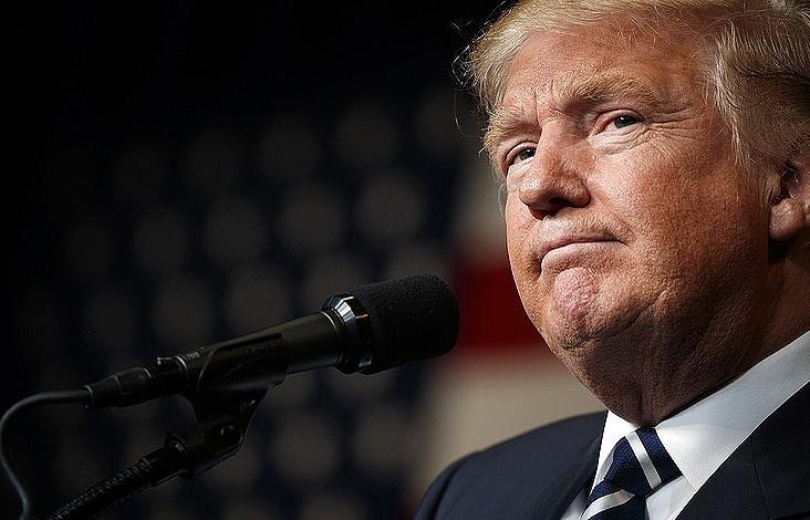 Помощница Трампа поведала, когда онподведет черту под вопросом о«кибератаках России»