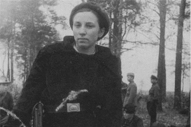 Варвара Вырвич - Бандит Катя.jpg