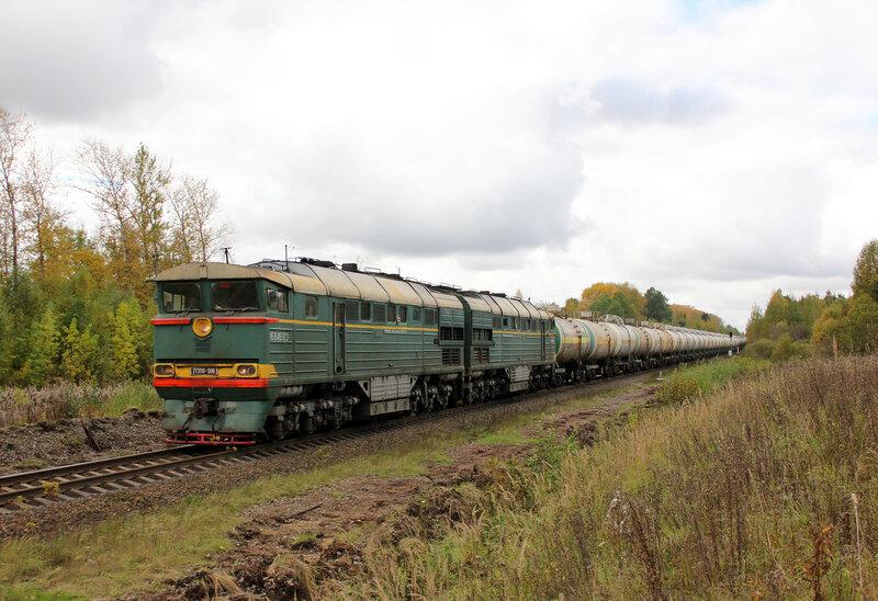 2ТЭ116-306 на перегоне Шишково - Бежецк, проследует платформу Сменово