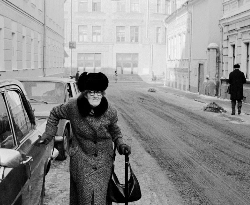 Фотография Игоря Пальмина. Арбатские старушки. 1970-е