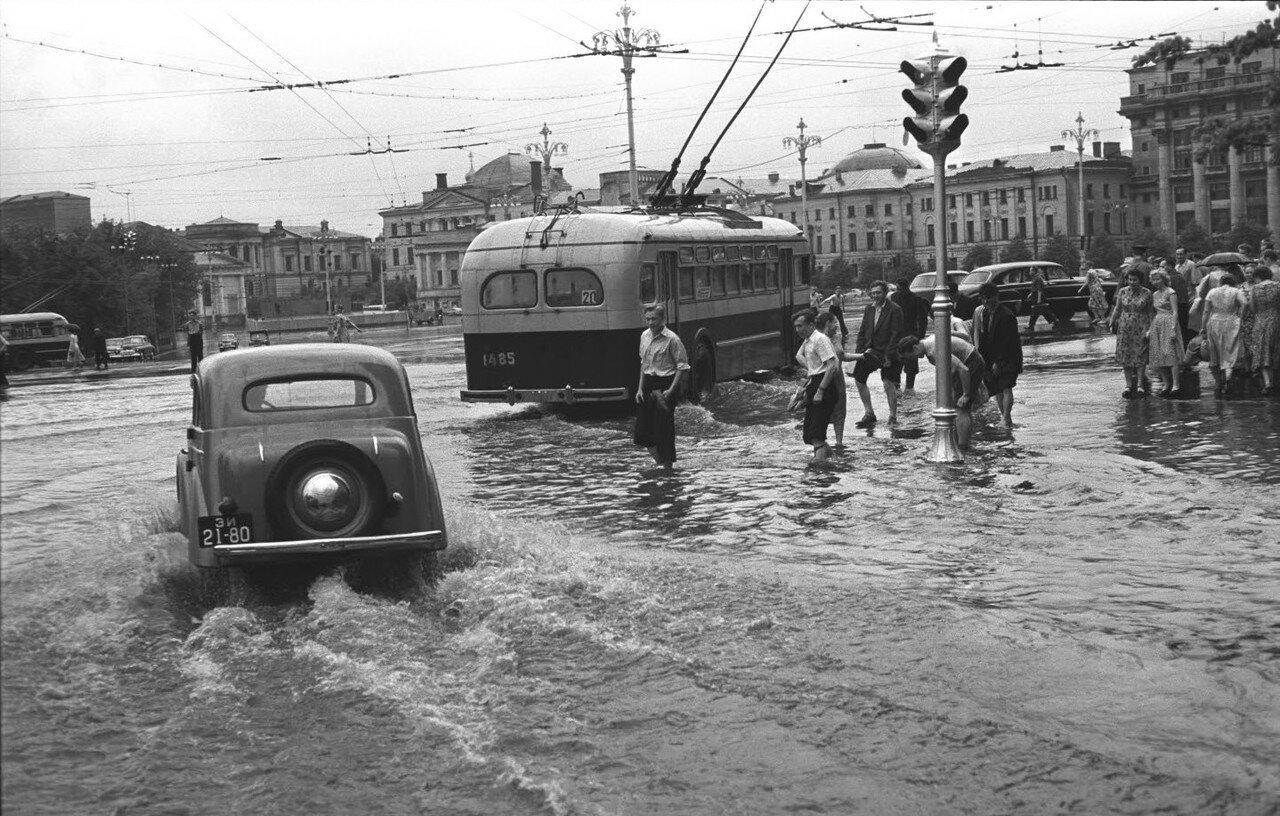 618971 Июльский дождь Борис Косарев кон 50-х.jpg