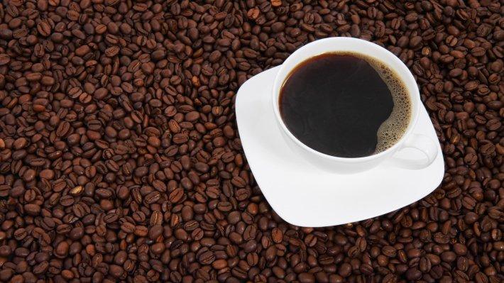 Кофеин улучшает рост волос