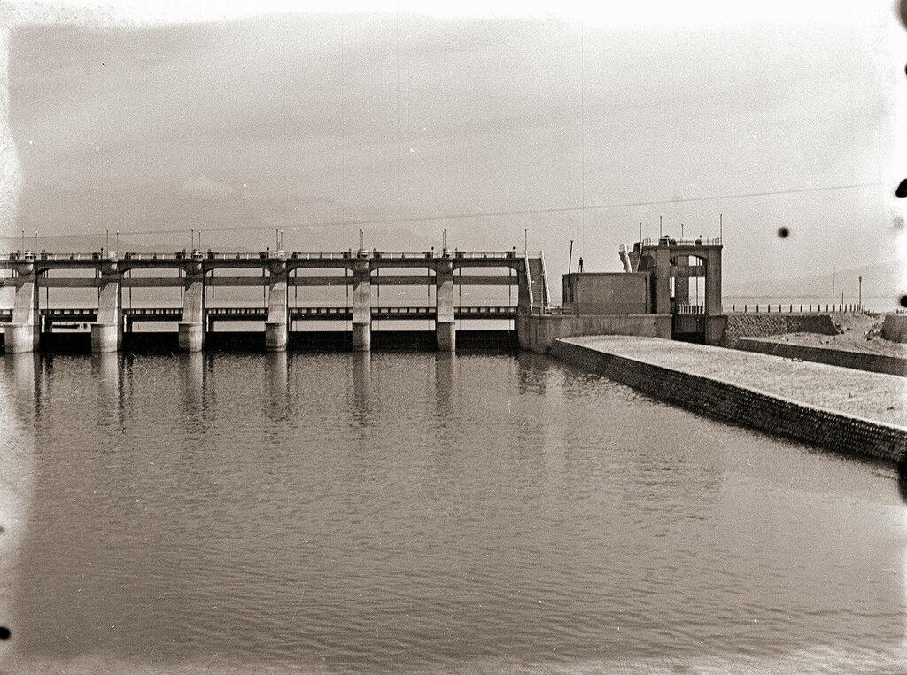 Dam in Japan 1930s.