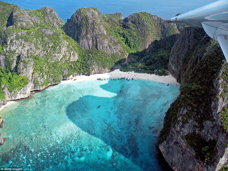 Залив Майя, острова Пхи-Пхи-Ле в Таиланде.