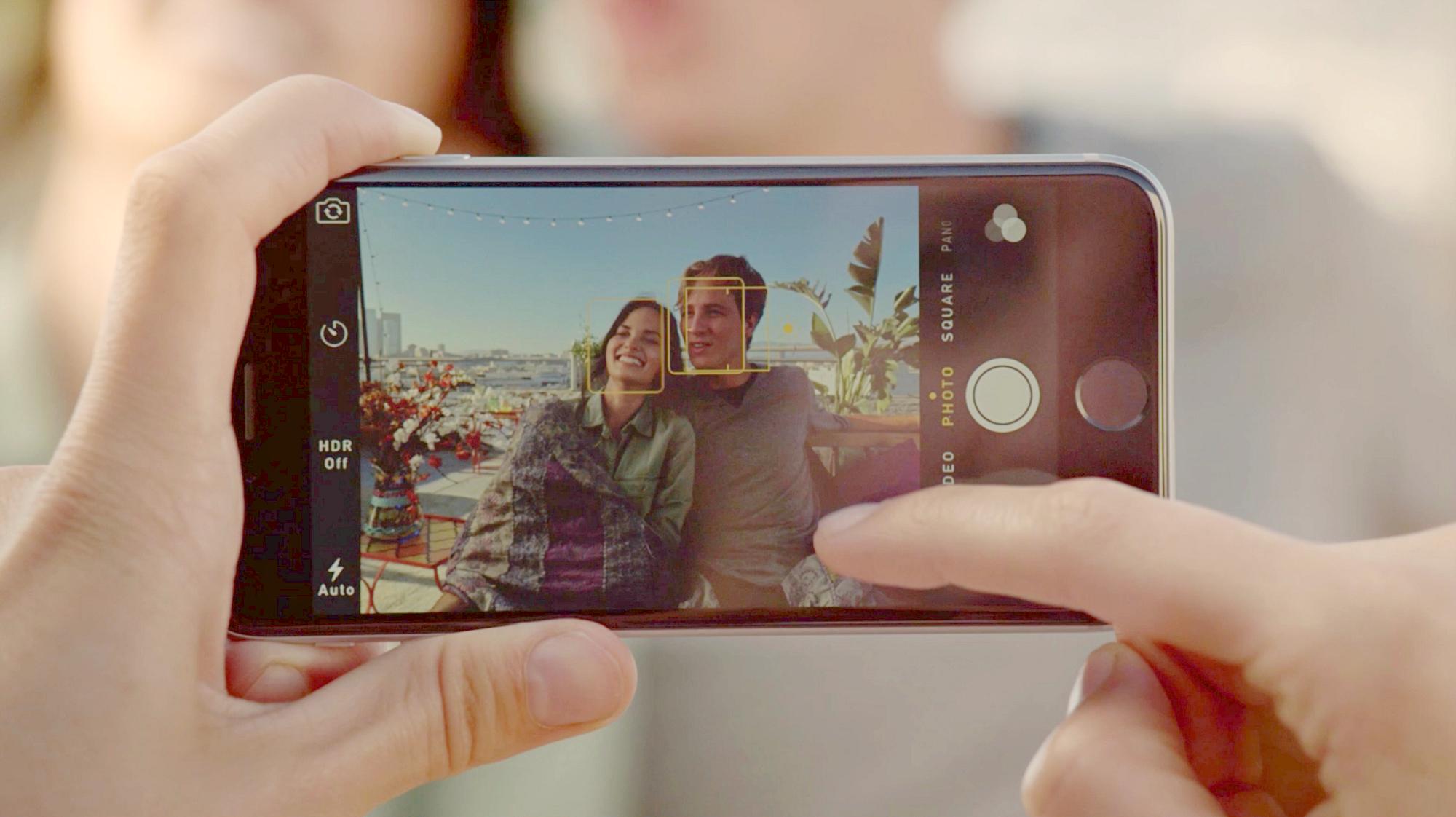 «Фото и Камера» и включите «Сетку». Можете там же включить съемку видео со скоростью 60 к/с, чтобы п