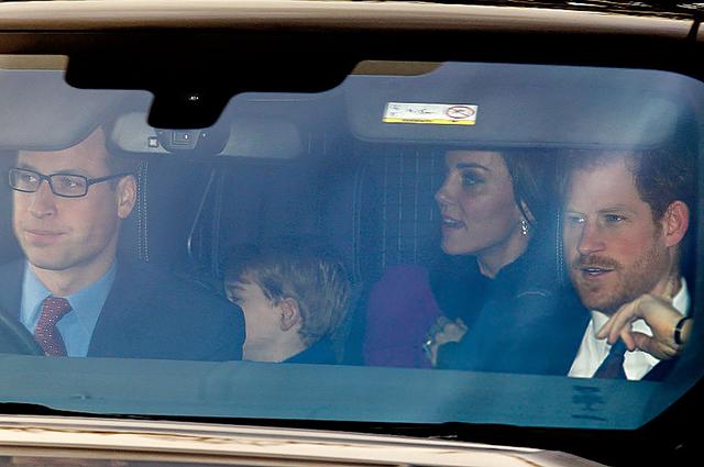 Кейт Миддлтон ипринц Уильям проведут Рождество уродителей Кейт