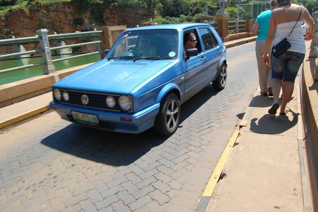 Volkswagen City Golf blue.JPG