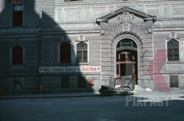 stock-photo-war-crimes-trial--willys-mb-jeep--regional-court-in-salzburg-austria-1946-11299.jpg